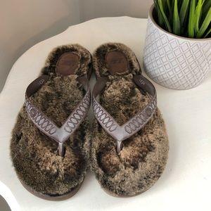 Ugg shearling brown flip flops size 6